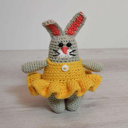 ZoZo Bunny Crochet Pattern by April Towriess
